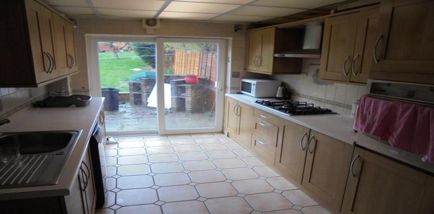 B36 Collingbourne Avenue,Hodge Hill,Birmingham,3 Bedrooms Bedrooms,1 BathroomBathrooms,Terrace,Collingbourne Avenue,Hodge Hill,1015